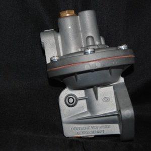 Benzinepomp origineel gereviseerd 30 pk